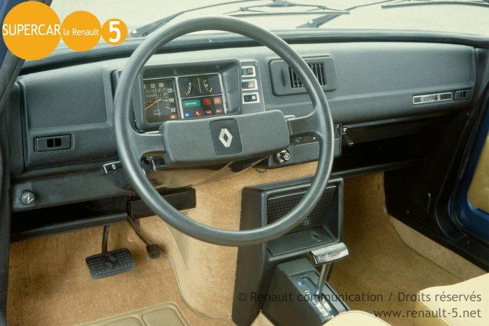 R5 automatic 1978 1981 tout sur la renault 5 for Renault 9 interieur